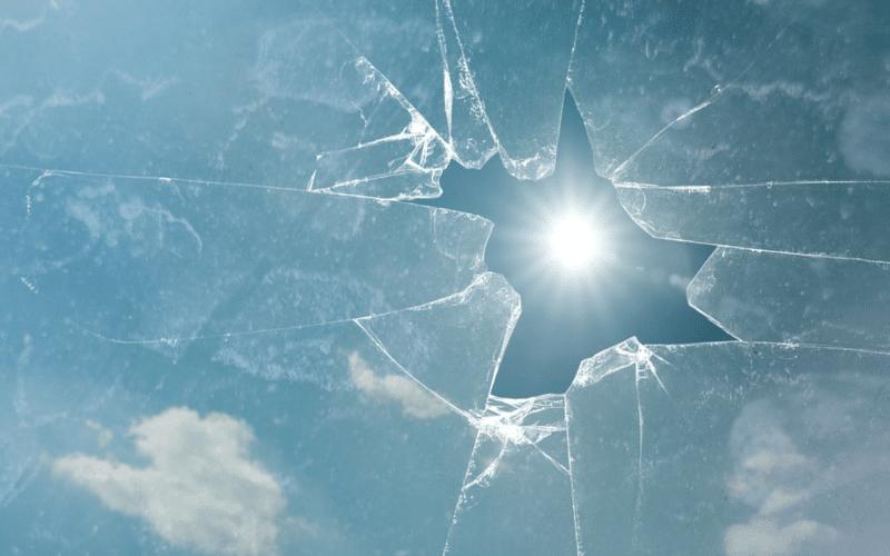 Eviti el risc de trencaments: No deixi les unitats de vidre exposades al sol