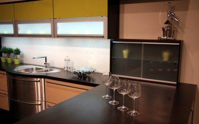Idees cuina modera: Placa de cocció en vidre